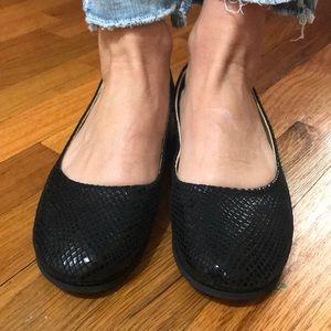 Fslny black soft leather flat